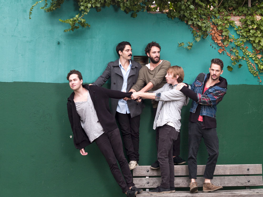 Local Natives Covers King Krule in Itunes Sessions
